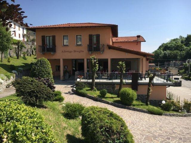 Plesio - Hotel Albergo Breglia - hotel aanzicht