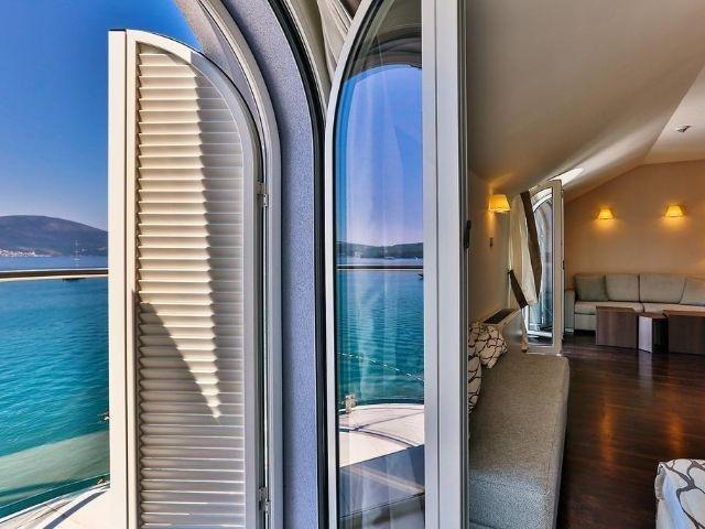 Tivat - Hotel Palma **** - uitzicht