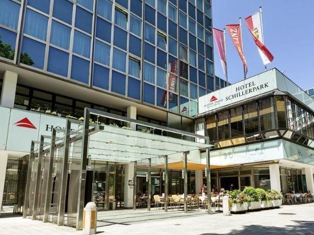 Linz - Hotel Schillerpark - hotel aanzicht