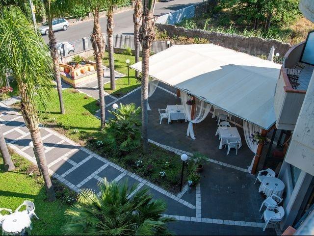 Mascali - Park Hotel Oasi *** - tuin