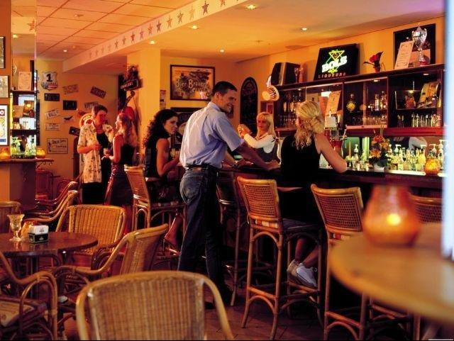 Keulen - H+ Hotel Köln Hürth *** - bar