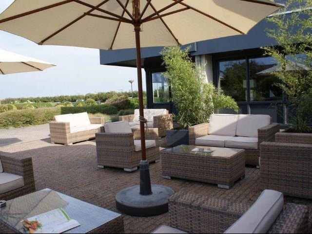 Fletcher Zuiderduin Beachhotel_terras