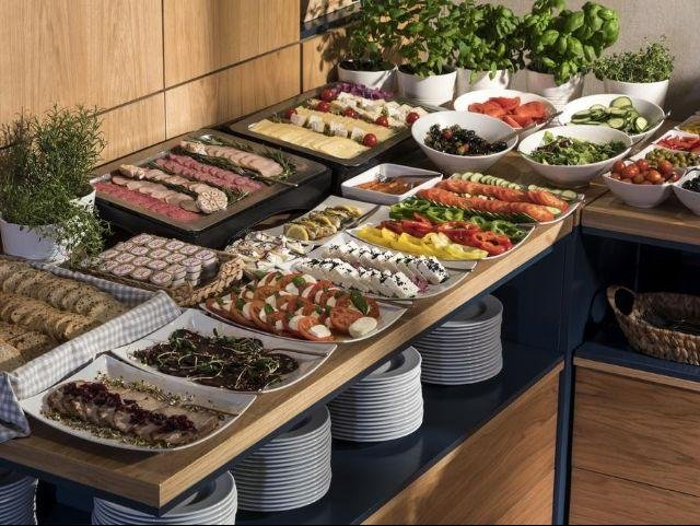 Gdynia - Hotel Antares - ontbijtbuffet