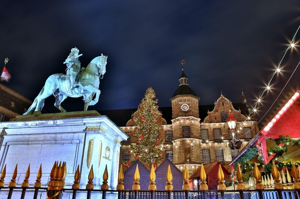 Kerstmarkten Düsseldorf en Duisburg