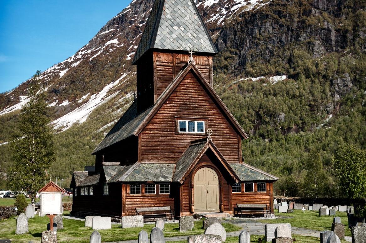 Roldal staafkerk