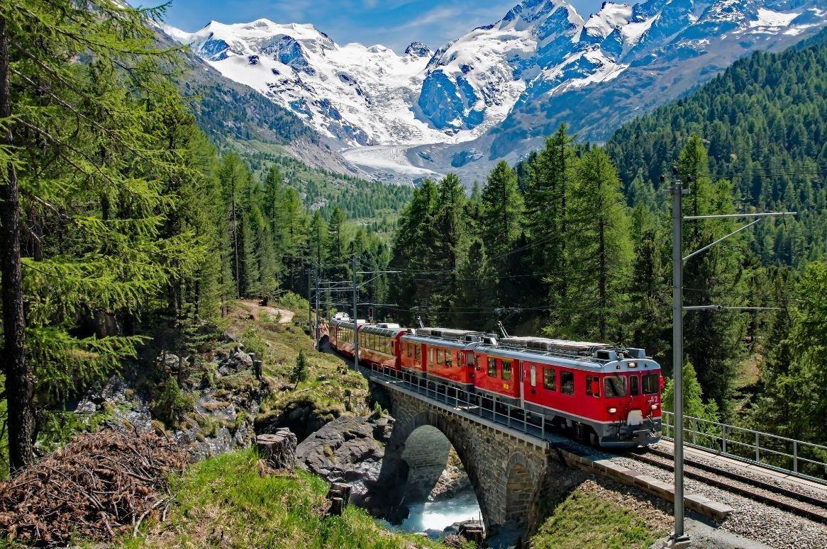 Busreis Op grote hoogte in Graubünden - Oad busreizen